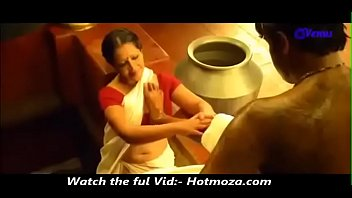 son saree sleep mom removing of in unknowingly Brother knocks up sisters