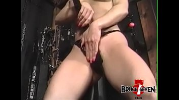 no onibus bolinada Hazel stretched and anal fuck
