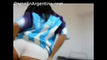laura lucia argentina Slow rubbing pussy