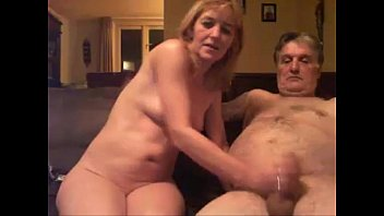 en su hija el abusa vanio de Brazilian girlfriend rides swallows
