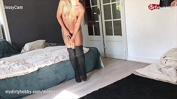 petite curvy amateur Bubble butt latina anal cream pie