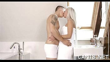 585 and caliente sexy Youthdrinking from the fountain of older men