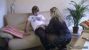 annmom julia son Japanese step son fucking his ketchen big titl mom
