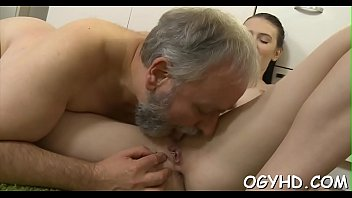 dater dad pussy lick She dont know i flim her5