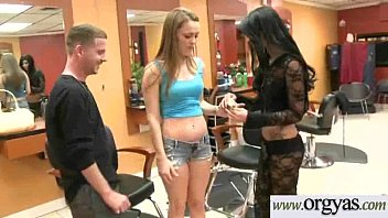 the amateur nailed pawnshop sexy at for a girl chain big Police take woman by firce