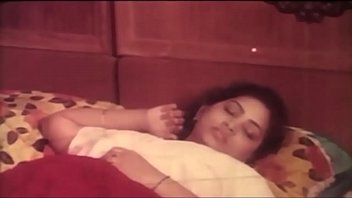 video mallu sex with aunty kerala boy young download free Flower tucci fucks in a bus