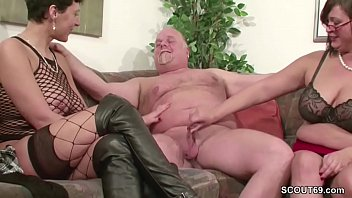 fuck man mature old fat blonde 3d futanari frozen elsa shemale