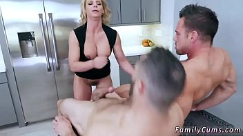 daughter first time lesbian mom Beem mom son